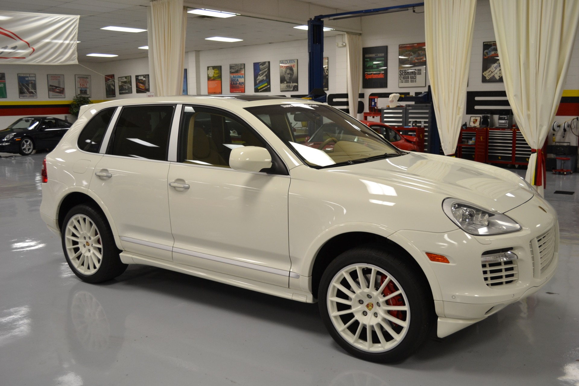 2009 porsche cayenne turbo s for sale in pinellas park fl 1148 tampa bay sports cars. Black Bedroom Furniture Sets. Home Design Ideas